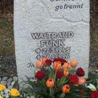 Friedhof-Oberhaugstett-Funk